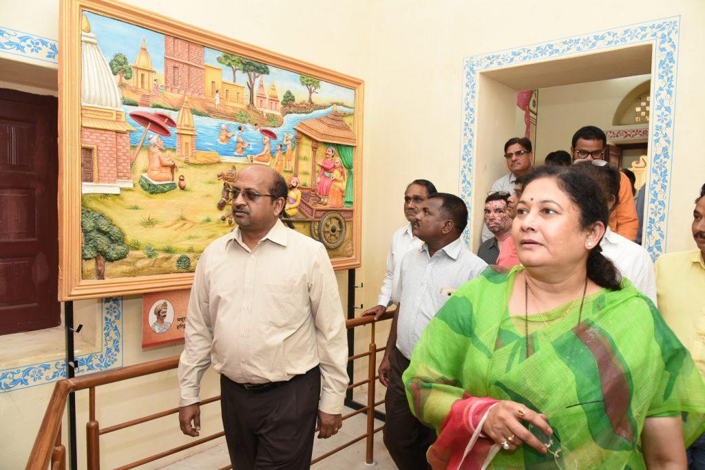 उच्च शिक्षा मंत्री एवं पुरातत्व विभागीय दल ने की चर्चा, राजसमन्द के समग्र विकास के लिए हरसंभव प्रयास जारी – किरण माहेश्वरी नोचौकी क्षेत्र विकास के लिए 7.5 करोड़ की योजना प्रस्तावित