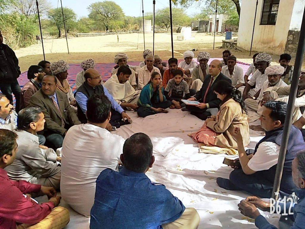 शहीद परिवार कल्याण कोष प्रतापगढ़ द्वारा एक लाख रुपये की आर्थिक सहायता – जिला एवं सेशन न्यायाधीश उठाएंगे शहीद नारायणलाल के बच्चों की पढाई का जिम्मा