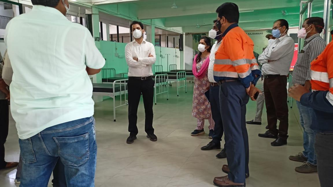 जिला कलक्टर अरविन्द पोसवाल ने दरीबा में किया निर्माणरत कोविडचिकित्सालय का अवलोकन ,महज 20 दिन में तैयार हुआ संभाग कासबसे बड़ा डेडिकेटेड अस्पताल – 325 ऑक्सीजन बेड क्षमता का अस्पताल सोमवार से होगा प्रारंभ