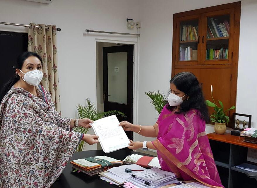 प्रताप सर्किट योजना का प्रस्ताव अत्यंत प्रासंगिक-सांसद दीयाकुमारी ~  प्रमुख शासन सचिव, पर्यटन गायत्री राठौर से की मुलाकात