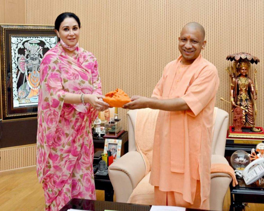 सांसद दीयाकुमारी ने उ प्र के सीएम योगी आदित्यनाथ से की मुलाकात ,निर्माणाधीन रामलला मंदिर के लिए दी शुभकामनाएं